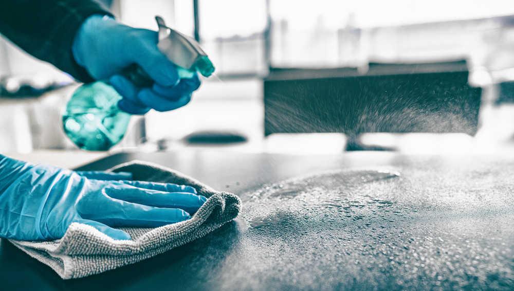La demanda de productos de higiene se ha disparado en comunidades